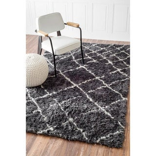 nuLOOM Soft and Plush Moroccan Trellis Grey White Shag Rug (9' x 12')