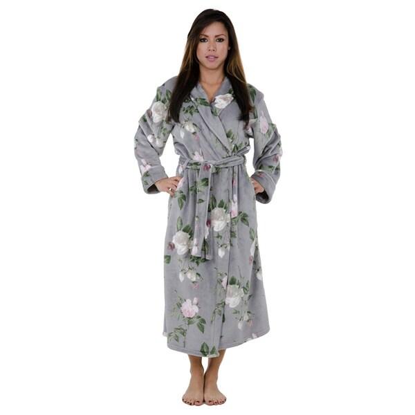 Love This Robe- Elegant Floral Robe