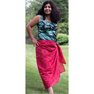 Sustainable Threads Hand-screen Printed Raspberry Caramel Sarong (India)