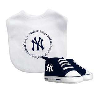 Baby Fanatic New York Yankees Bib and Pre-walker Shoes Gift Set