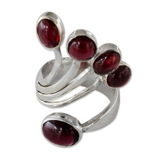 Handcrafted Sterling Silver 'Wings' Garnet Ring (India)