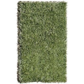 Indoor/ Outdoor Green Grazin' in the Grass Area Rug (5' x 8')