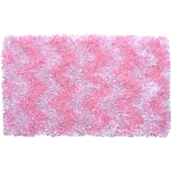 Pink Chevron Shag Rug (4'7 x 7'7)