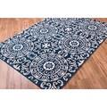 Well Woven Bright Trendy Twist Mediterranean Tile Scrolls Navy Blue Air Twisted Polypropylene Rug (5'3 x 7'3)