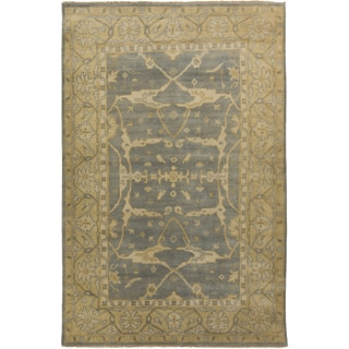 Hand-Knotted Tyrone Floral New Zealand Wool Rug (9' x 13')