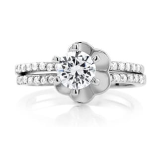 Sterling Silver Cubic Zirconia Interlocking Flower Bridal Ring Set