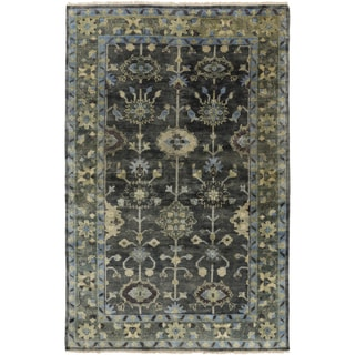 Hand-Knotted Darnell Floral New Zealand Wool Rug (5'6 x 8'6)