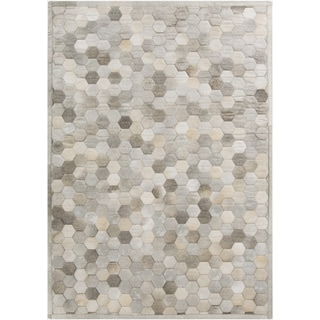 Hand-Crafted Cesar Geometric Hair On Hide Rug (5' x 8')