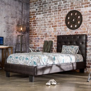 Furniture of America Huntress IV Brown Crocodile Leatherette Button Tufted Platform Bed