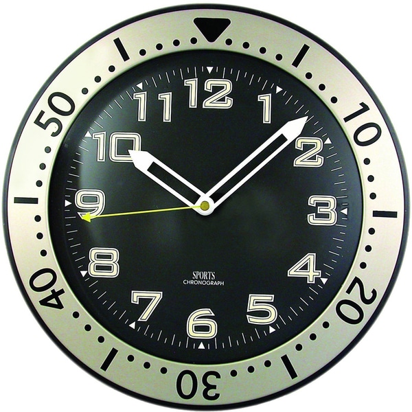 11 Round Glow-in-the-Dark Wall Clock