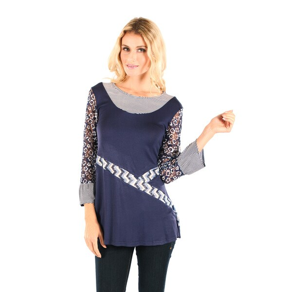 Firmiana Women's Blue/ White 3/4-sleeve Floral Pattern Lace Sleeves Top