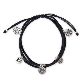 Handcrafted Silver 'Assorted Blossoms' Bracelet (Thailand)