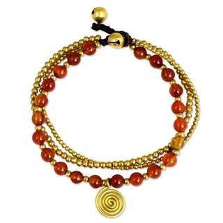 Handcrafted Brass 'Daydreams' Carnelian Bracelet (Thailand)