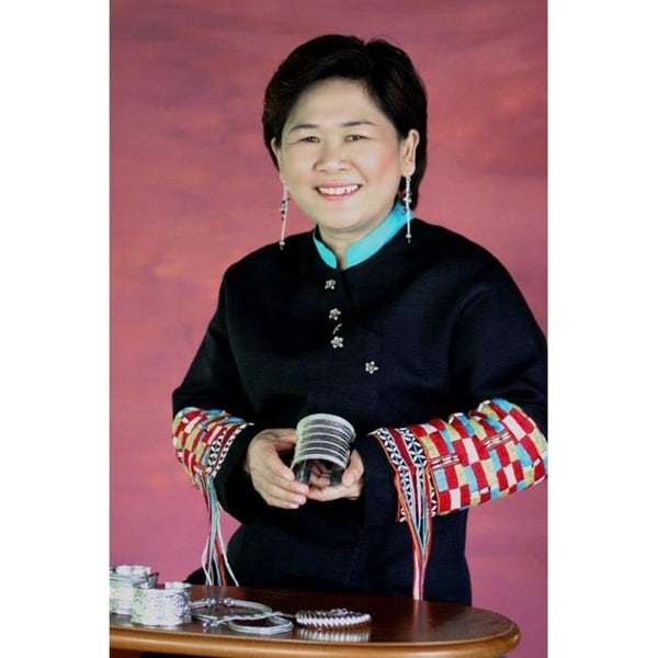 Handmade Littleleaf Boxwood 'Lamphan Belle' Bracelet (Thailand) 15065370