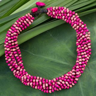 Handcrafted Littleleaf Boxwood 'Pink Duality' Necklace (Thailand)