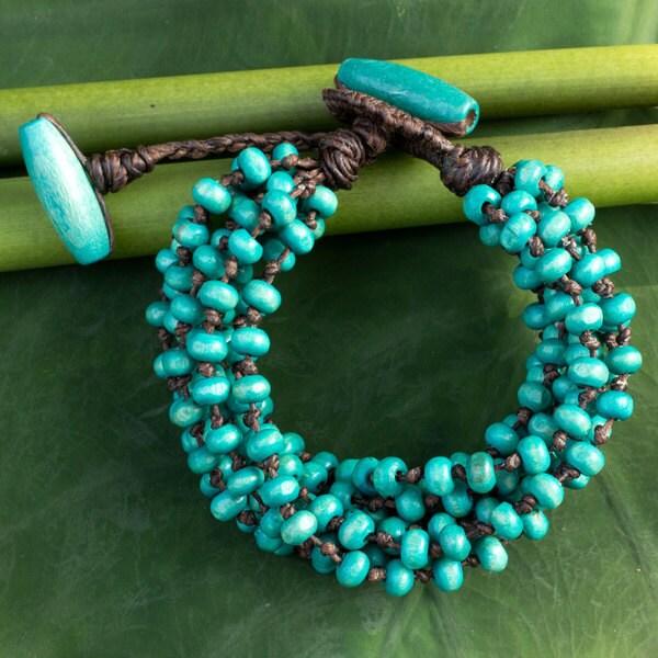 Handcrafted Littleleaf Boxwood 'Mekong Belle' Bracelet (Thailand)