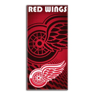 NHL 911 Redwings Emblem Beach Towel