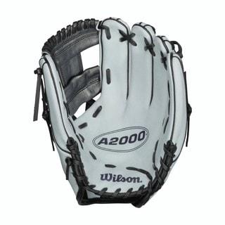 Wilson A2000 11.75-inch Fastpitch Softball Glove