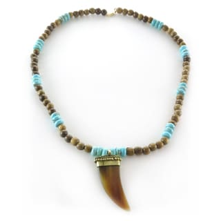 Handcrafted Magnesite and Wood Rondell with Carved Horn Pendant Necklace (India)