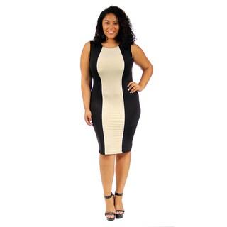 24/7 Comfort Apparel Cream and Black Sleeveless Plus-size Sheath Dress