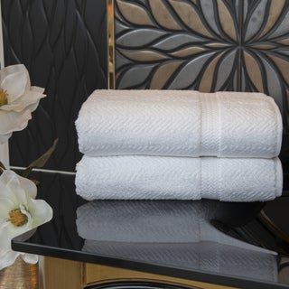 Authentic Plush Herringbone Weave Hotel and Spa Turkish Cotton White Bath Towels (Set of 2)