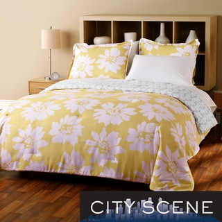 City Scene Modern Bloom 7-piece Reversible Bed in a Bag with Sheet Set