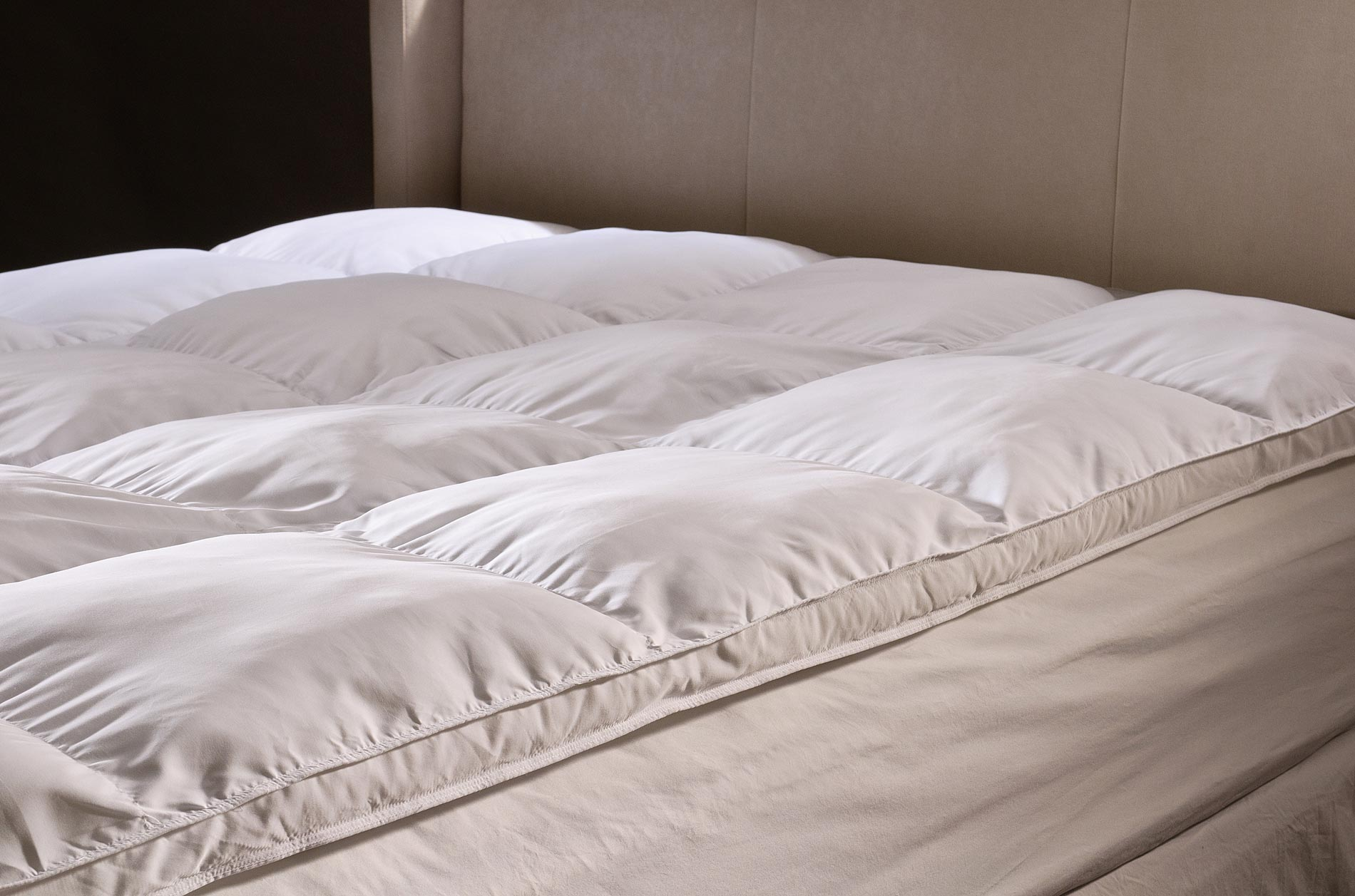Grand Down All season Queen size Down Alternative Mattress