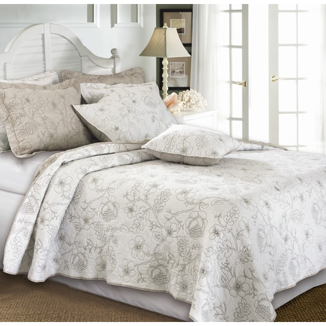 Greenland Home Fashions Hibiscus Taupe 3-piece Quilt Set