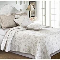 Hibiscus Taupe 3-piece Quilt Set