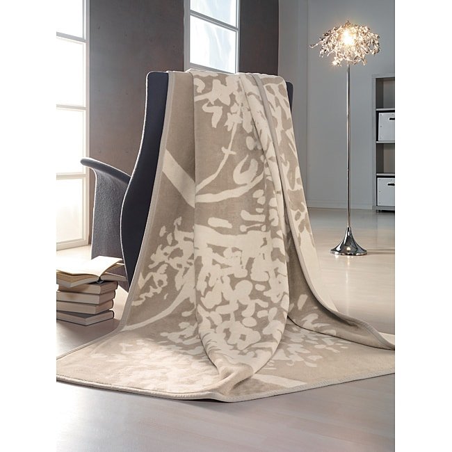IBENA Sorrento Jaquard Oversize Throw