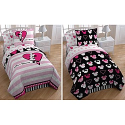Minnie Mouse 'Hearts and Dots' Twin-size 5-piece Reversible Bed in a Bag with Sheet Set
