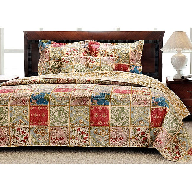 Kismet 100-percent Cotton Comfortable Cream 3-Piece Quilt Set