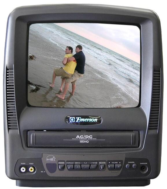 Emerson EWC0902 9-in. TV/VCR Combo (Refurbished)