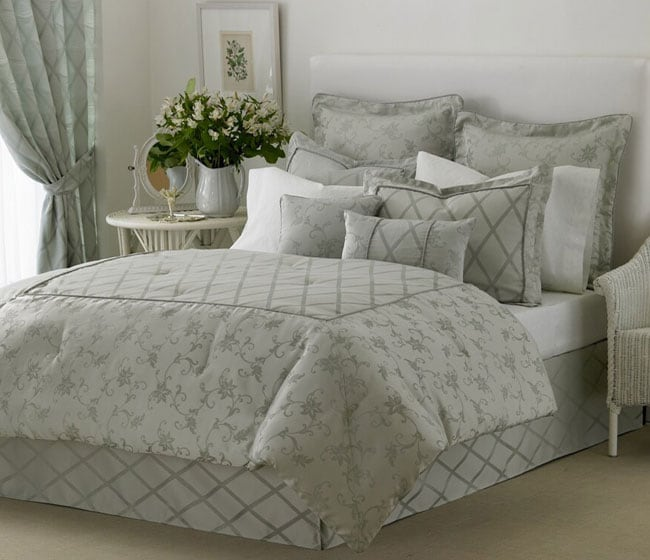 Laura Ashley Celeste 24-piece Comforter Set