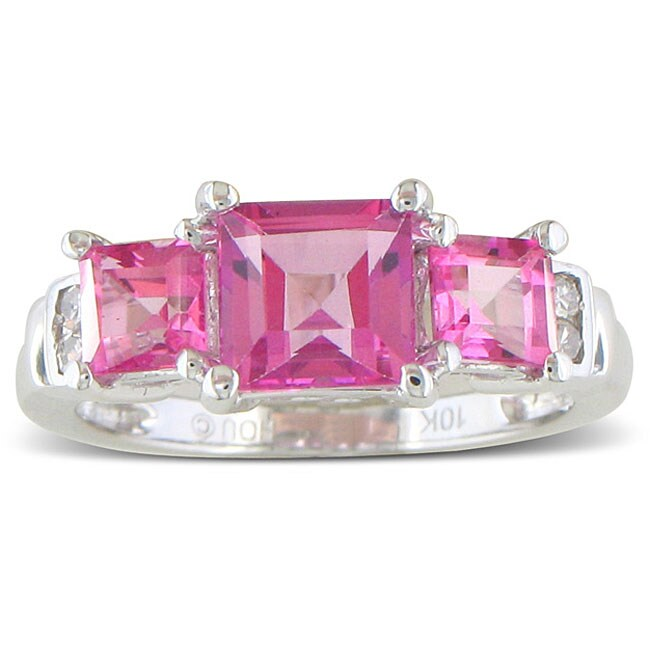 10k White Gold 2 1/4ct 3-Stone Pink Topaz Ring ( J/K, I2/I3 )