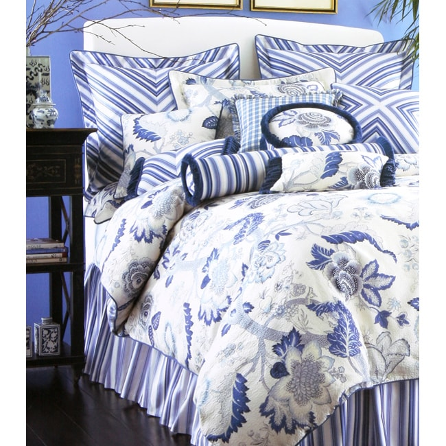 Arden 4-piece Luxury Bedding Ensemble