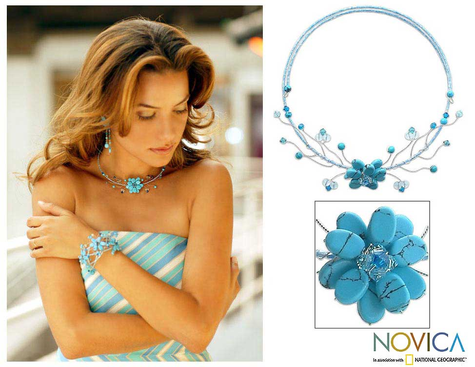 Stainless Steel 'Thai Floral' Turquoise and Topaz Choker (Thailand)