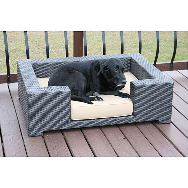 All-weather Cushioned Resin Wicker Dog Bed