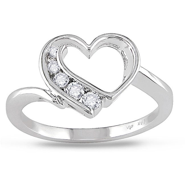Miadora 10k White Gold 1/6ct TDW Diamond Heart Ring (I-J, I2-I3)