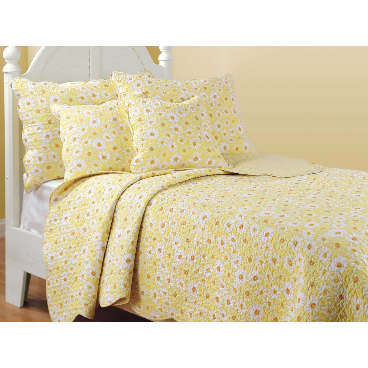 Miss Daisy Quilt Set - 12579926 - Overstock.com Shopping - Great Deals on Kids' Bedding