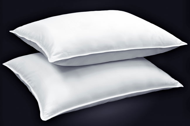 Down Alternative 400 Thread Count Firm Density Pillows (Set of 2)