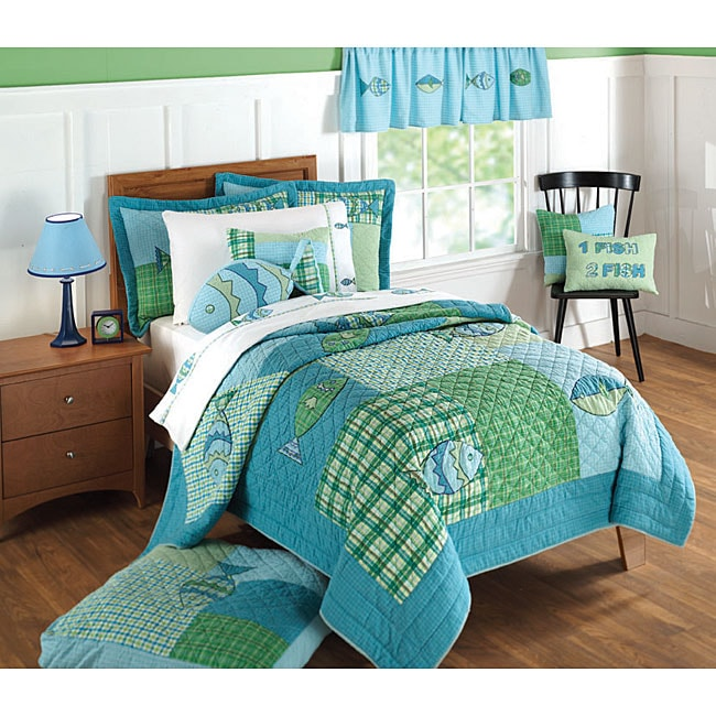 Go Fish Aqua Plaid Patchwork Quilt Set