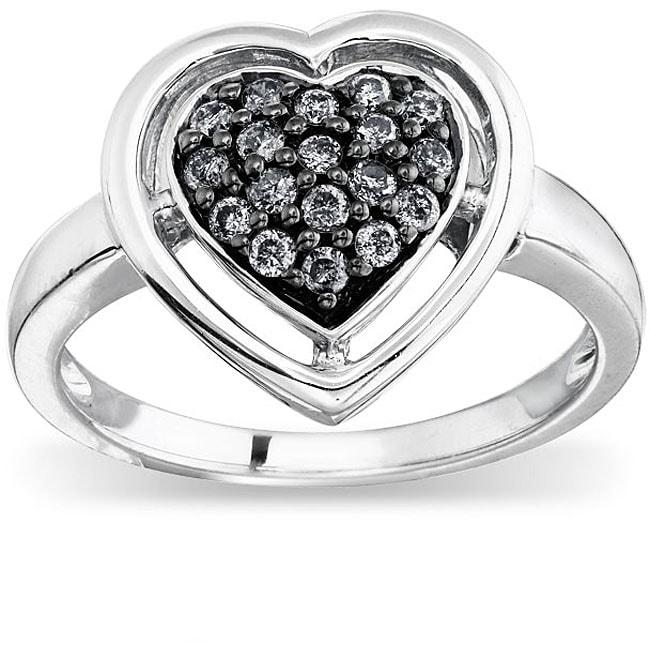 SilverMist Sterling Silver 1/4ct TDW Grey Diamond Heart Ring (size 7)