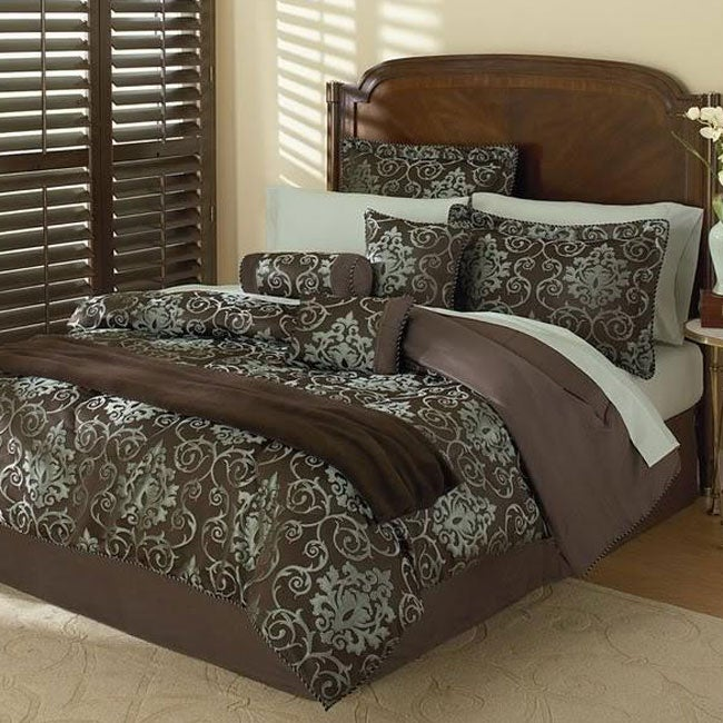 Radcliffe 12-piece Jacquard Bed in a Bag with Sheet Set