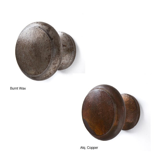 Set of 6 Recycled Iron Taylor Knobs (India)