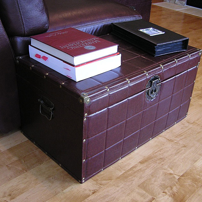 Classic Medium Brown Faux Leather Wooden Steamer Trunk
