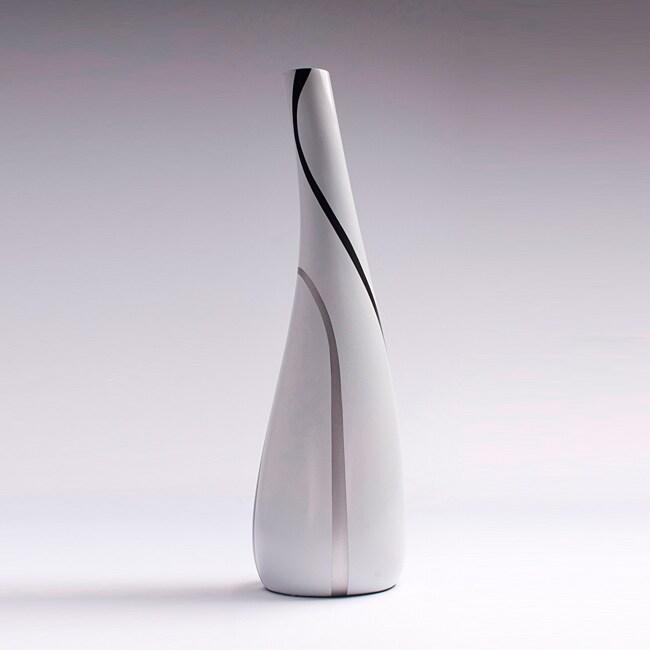 Jazz White and Black Vase (Peru)