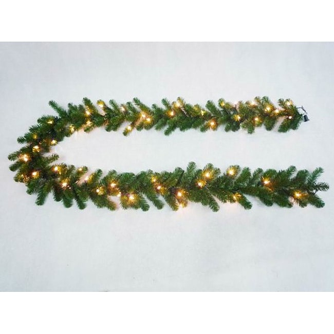 Deluxe Valley Pine 9-foot Artificial Pre-Lit Garland