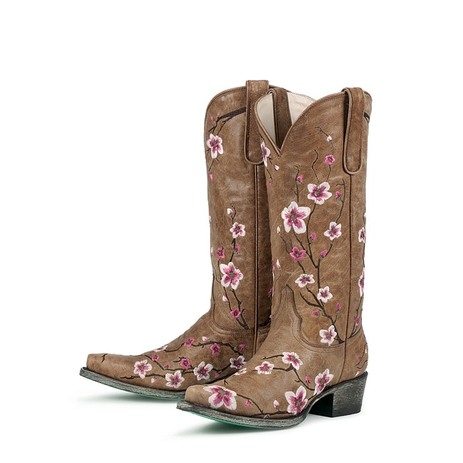 springmonthoftops fashion cowboy boots for