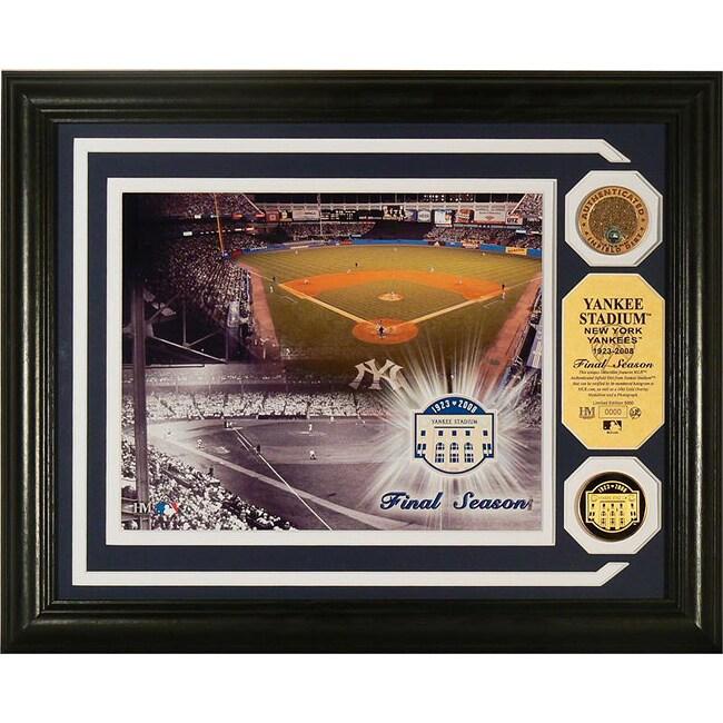 Highland Mint New York Yankees Stadium 'Final Season' Infield Dirt Photomint